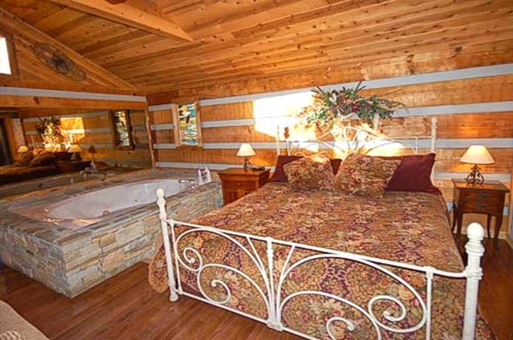 Bear Elegance 1 Bedroom Pet Friendly Cabin Rental In Pigeon Forge Tn In 2020 Cabin Rentals Pet Friendly Cabins Cabin