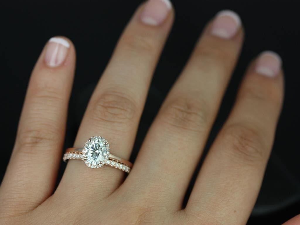 Rosados Box Celeste Rose Gold Oval FB Moissanite And Diamond Pave Halo Wedding Set