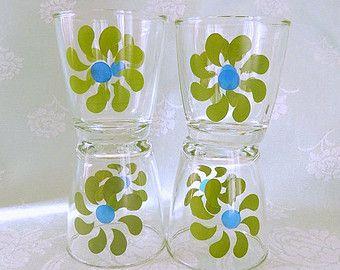 vintage Hazel Atlas glasses, 4 pieces, green blue pinwheels, vintage kitchen, vintage glass, vintage housewares
