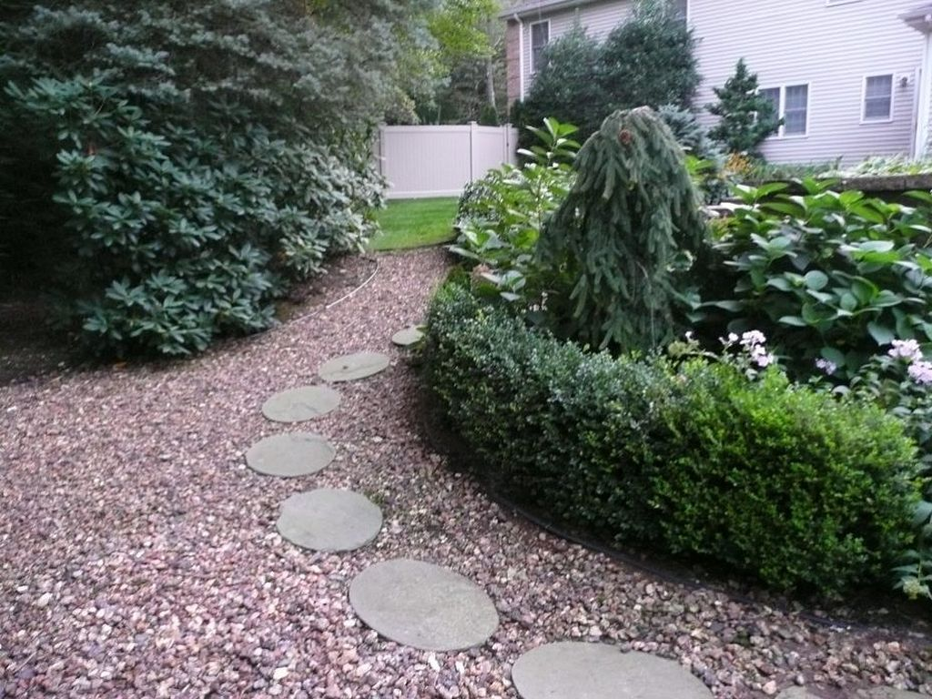 Cool 30 Enchanting Front Yard Pathways Landscaping