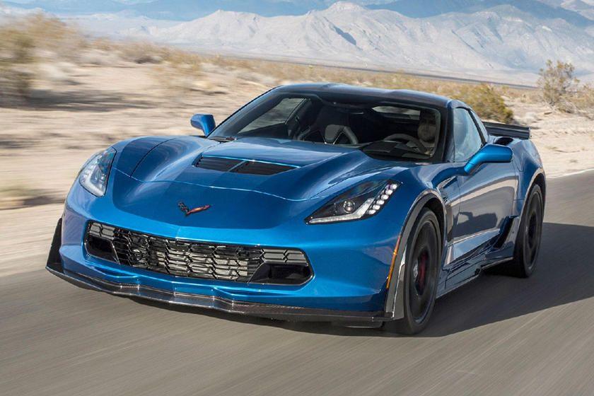 2015 2019 Chevrolet Corvette Z06 Coupe Front View Driving In 2020