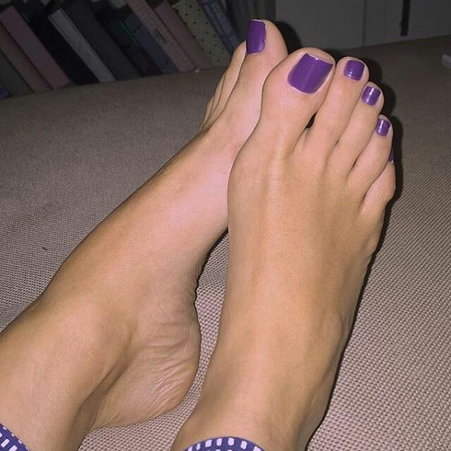 Feet fetish women