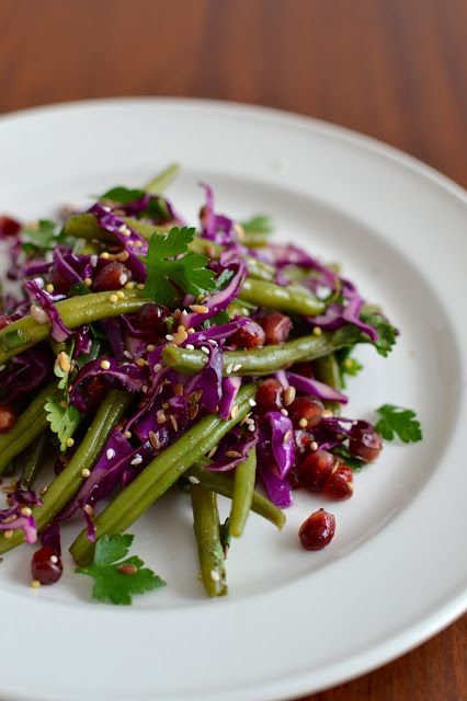 Simple comme une salade d'haricots verts et chou rouge, vinaigrette au citron grillé