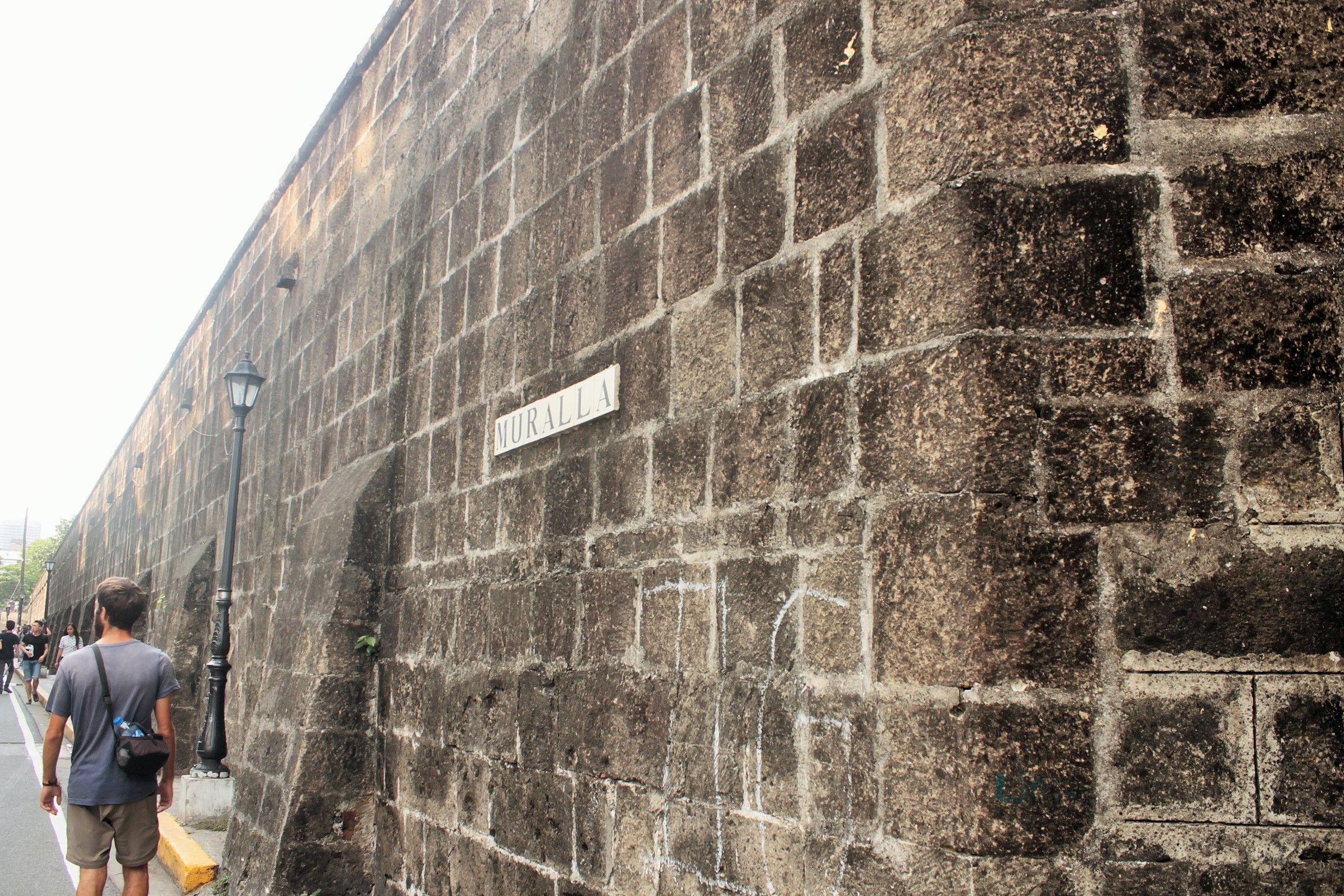 Paseando por Intramuros