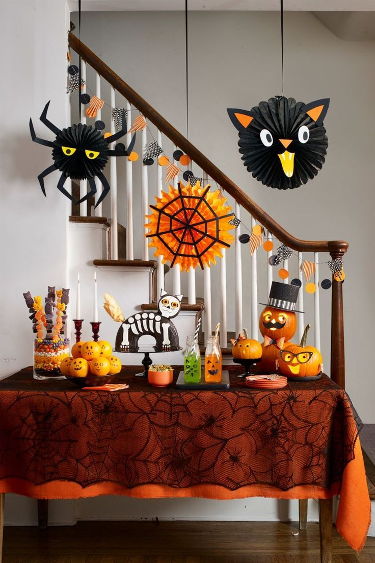 50 Easy DIY Halloween Decorations That'll Make Your House