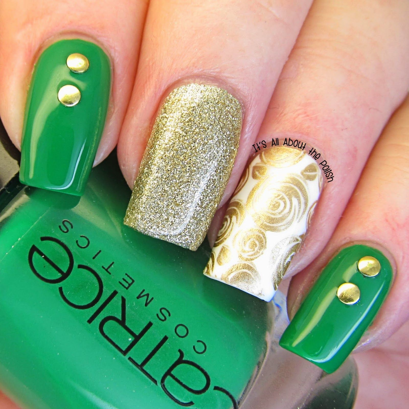 DORADO Y VERDE....❤ | NAILS | Pinterest | Verde, Arte de uñas y ...