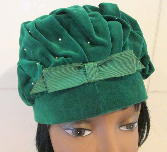Vintage Green Velvet Hat by MISSVINTAGE5000 on Etsy