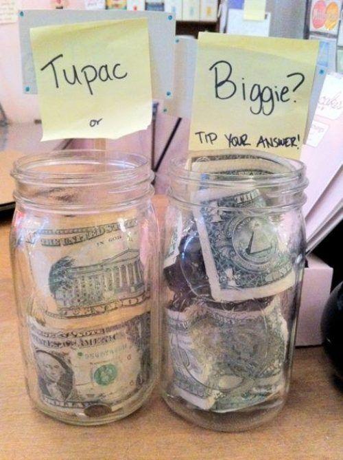 Geld inzamelen:Kiezen tussen (Ajax-AZ)(iets rivaliserends waar men wel tussen moét kiezen)