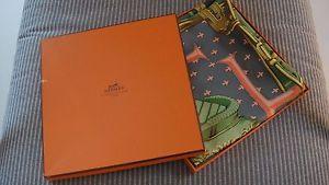 Hermes Magnifique Carre Scarf vintage Selles a housses 1968 C Vauzelles 90.  Housses, Meilleur Prix ... fa560e8509d
