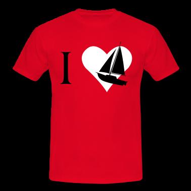 Für jeden Segelbootfreund, ich liebe Segelboote. Ein Herz mit Segelboot.