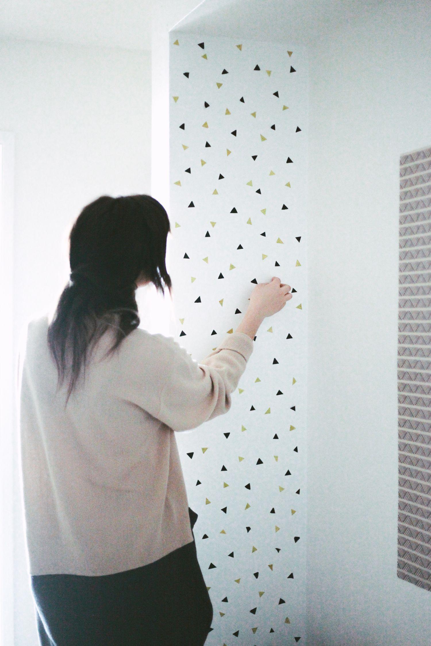 A Month of Home // DIY Confetti Wall Decals | Montessori para bebés ...