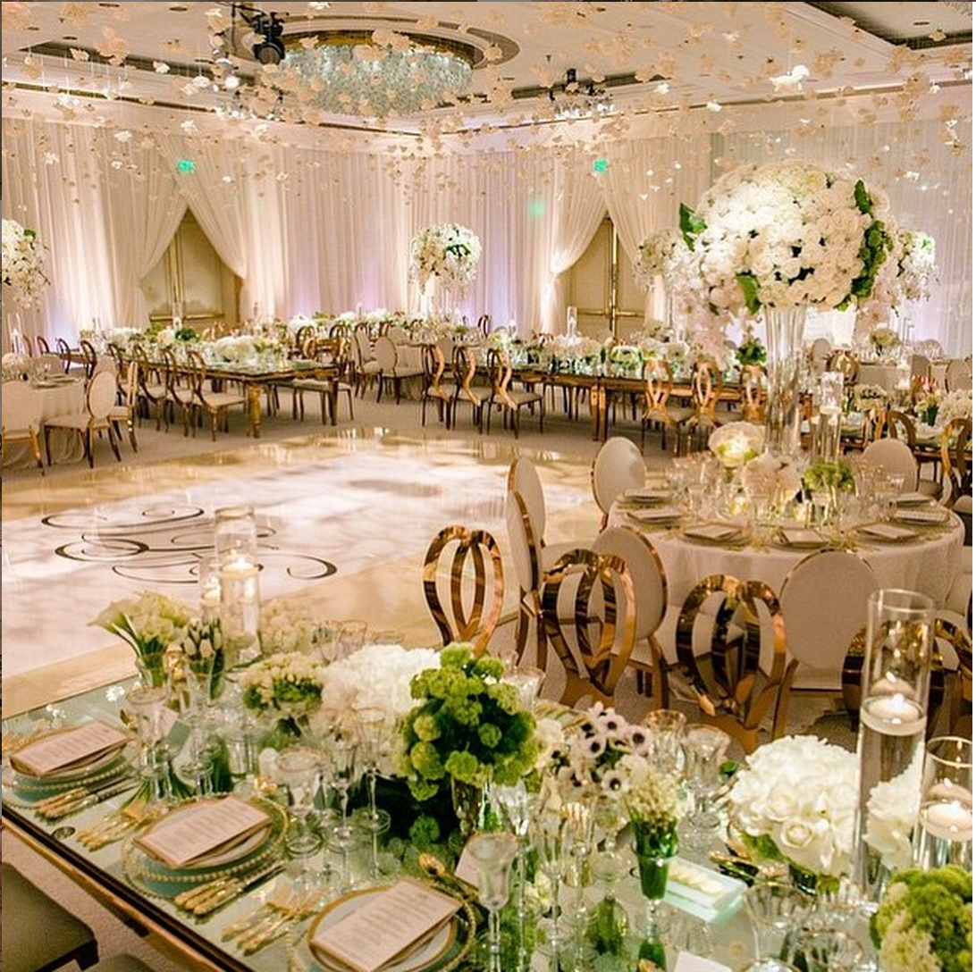 White Luxury Wedding Decor With Wonderful And Beautiful: Luxury Wedding, Luxury Wedding