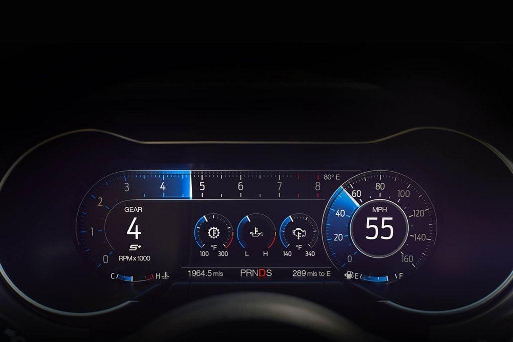 2018 Ford Mustang Digital Dash Done Right 자동차 자동차내부 디자인