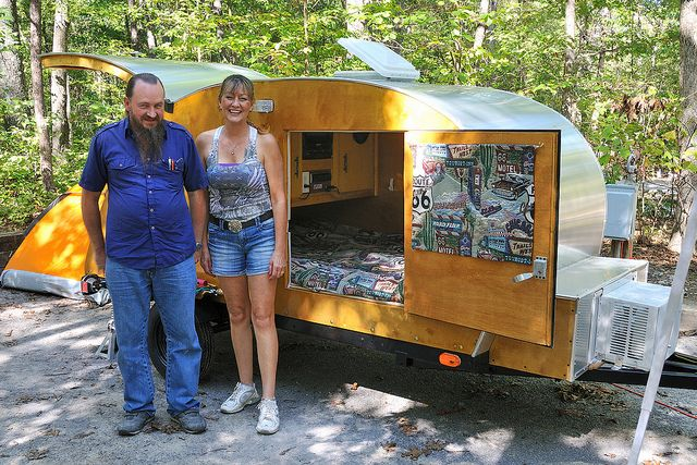 how to build cheep over trailer campers