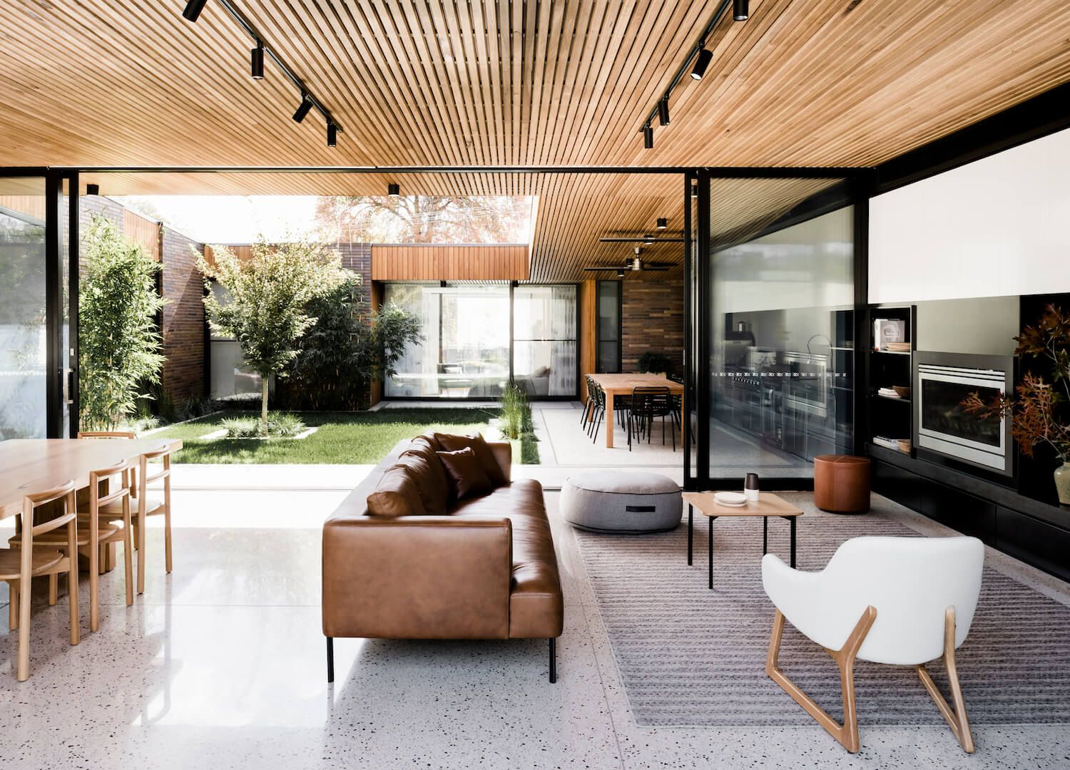 Courtyard House By Figr Architecture Design