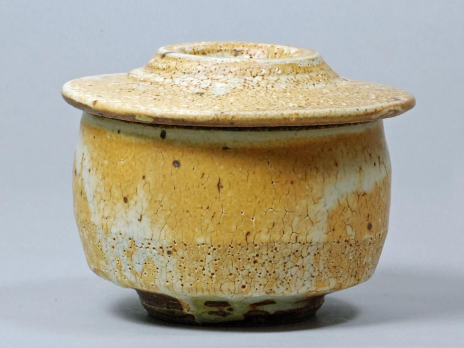 Guillermo Cuellar Pottery - Covered Pots | Clay | Pinterest ...