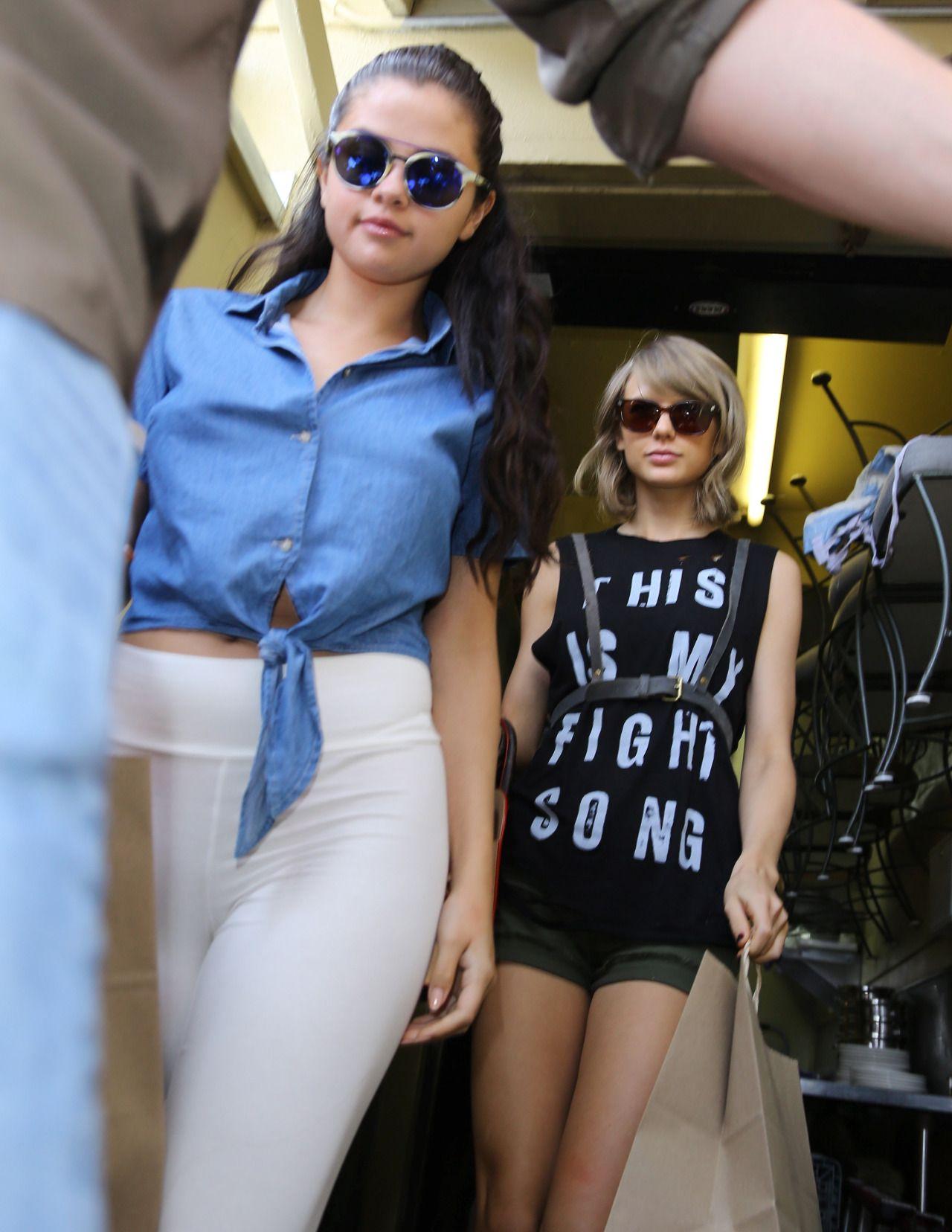 Pin by jangchub on Beauty ️   Selena and taylor, Taylor ...