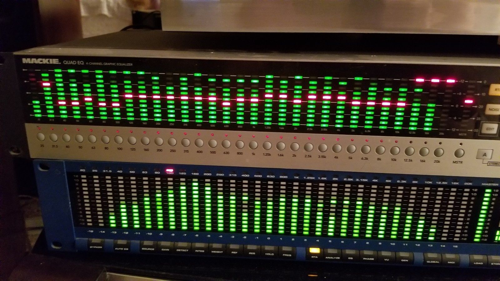 Mackie Quad EQ 4 channel graphic equalizer and real time