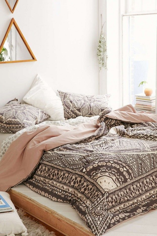 Bedroom Decor Like Urban Outfitters 20 most-pinned photos of 2015 | bedroom images, bedrooms and bohemian