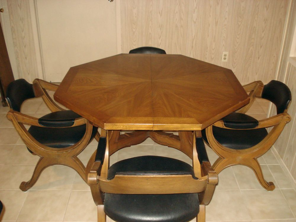 Drexel Esperanto Collection Dining Kitchen Table With Chairs