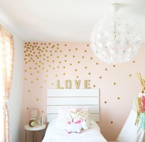 geniale diy wanddeko ideen zum selbermachen kinder zimmer tupfen wande schlafzimmer madchen wanddekoration metall silber besondere