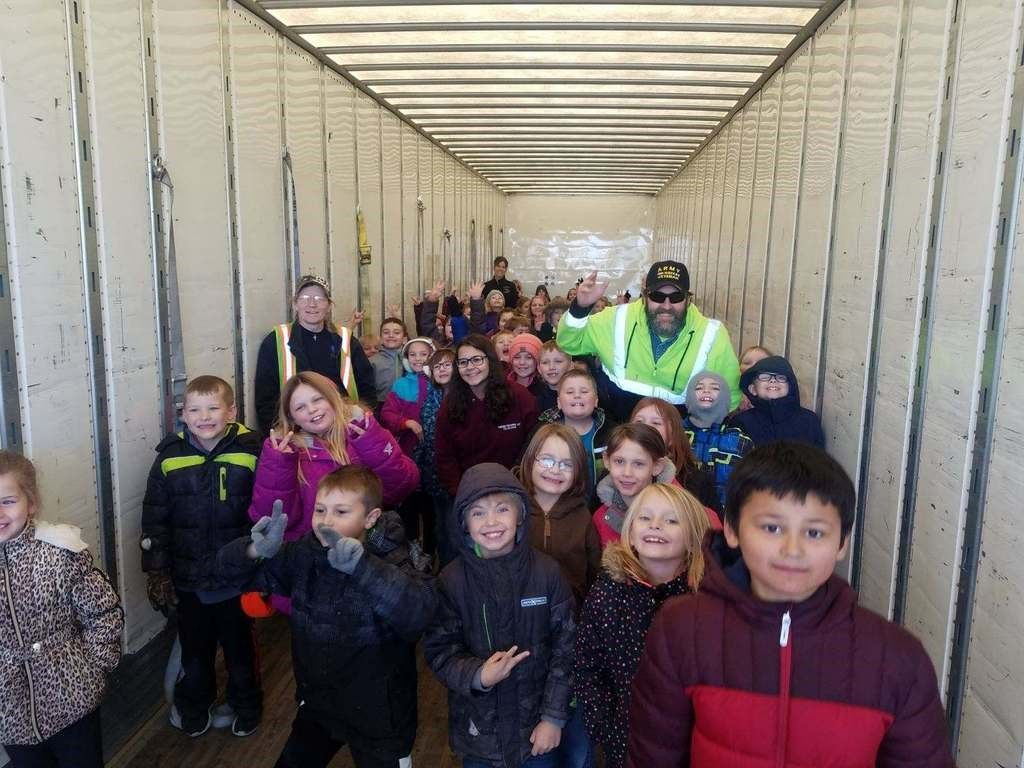 Trucker Buddy Charlie and Laree with their 2nd Graders