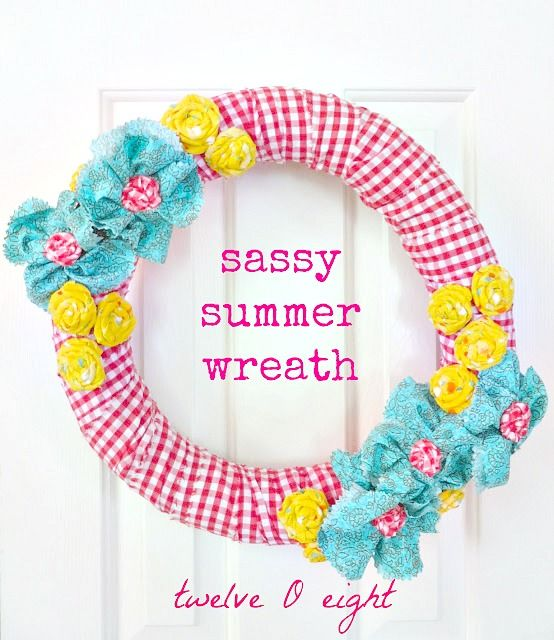 Pool noodle wreath #poolnoodlewreath