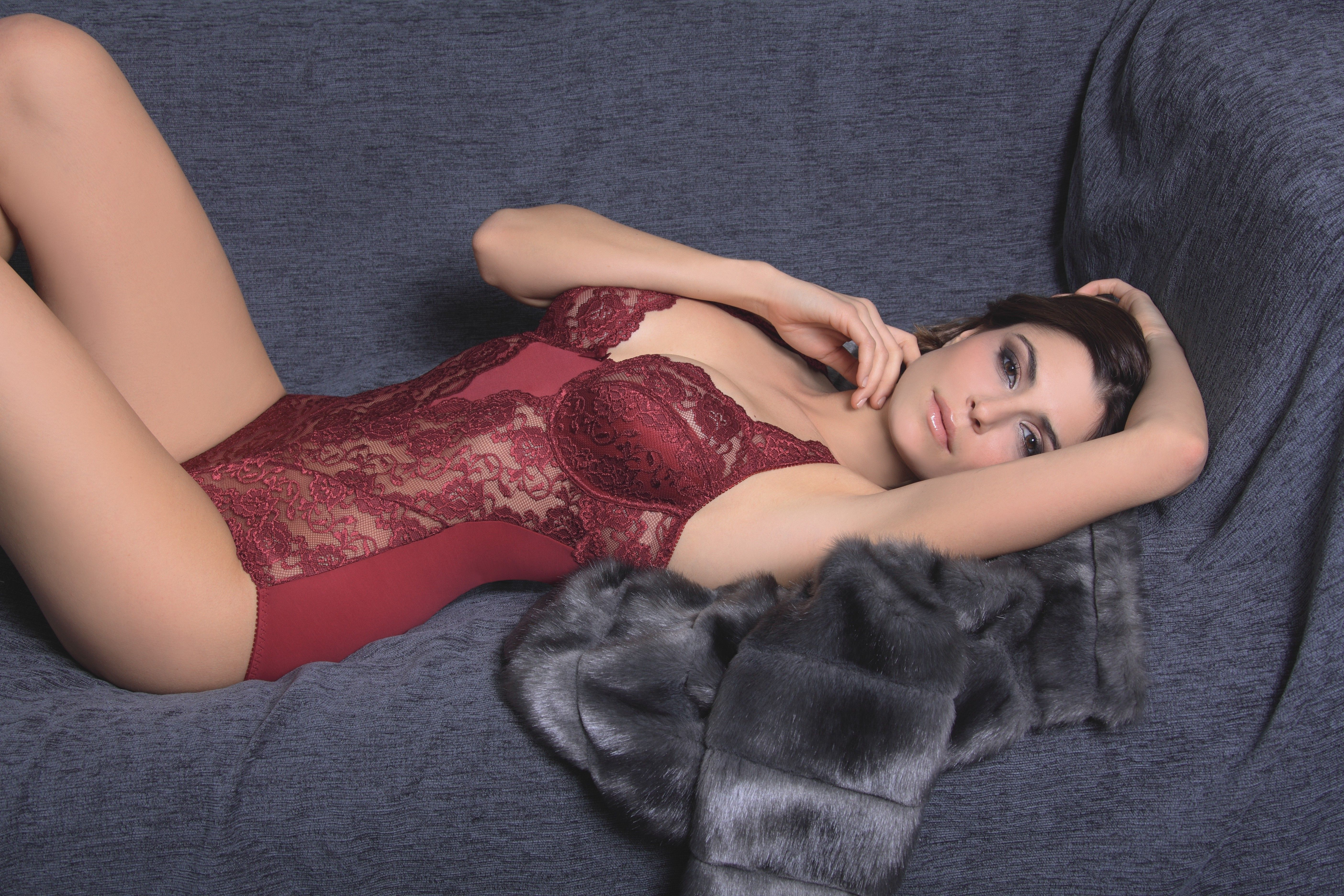 "Sassa Set ""Classic Lace"" - Farbe Ruby Red http://www.sassamode.com/product_info.php?products_id=2510"
