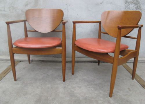 pair of 1950s john stuart arm dining chairs mid century modern - Mid Century Modern Furniture Of The 1950s