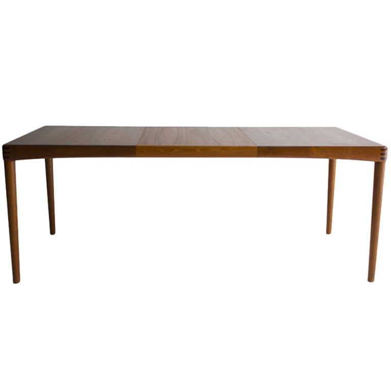1stdibs Hw Klien Danish Modern Teak Dining Table For Bramin 2250 Modern Dining Table Teak Dining Table Dining Table