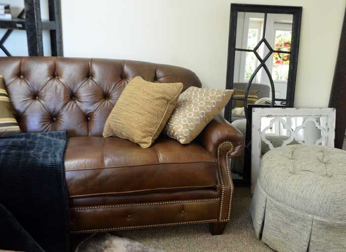 Perryu0027s Furniture In Belfast, Maine September New Arrivals Autumn Luxury  Vignette With Flexsteel Leather Sofa