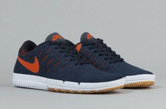 "Nike SB Free ""Obsidian/Orange"""