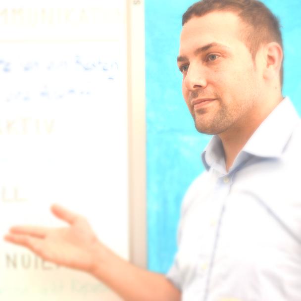 Nathanael Urs Trüb | CEO bei www.crisyscon.com / Medientrainer / Manager / Coach / Reputationsprofi, Medienexperte | Bio & Portfolio