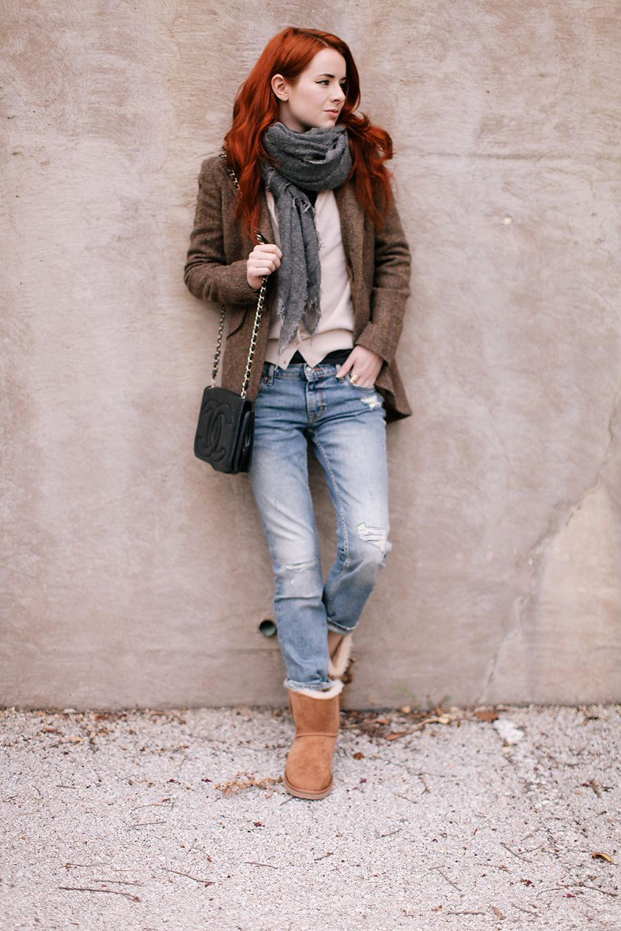 b436b708d Stylish Ways to Wear Uggs This Winter | Boots | Uggs, Winter fashion ...