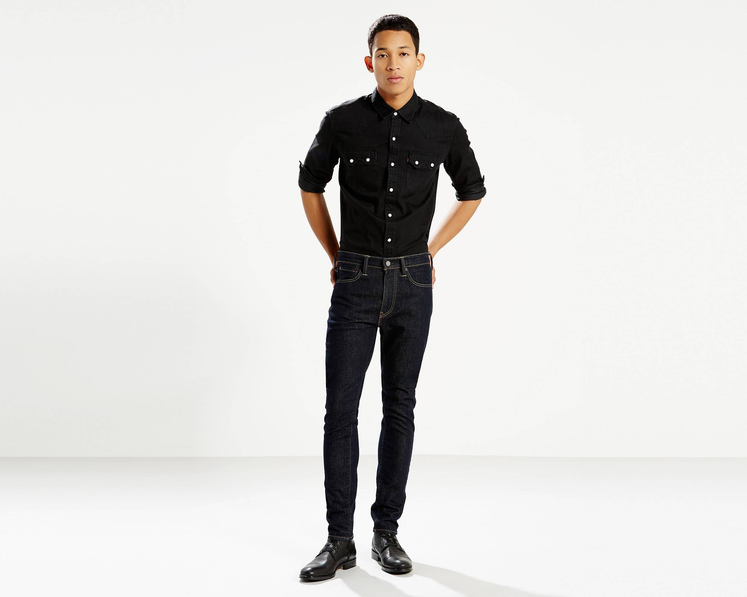A new fit for the guy that likes his jeans cut super close, the 519™ Extreme Skinny Jeans are the classic skinny made even skinnier. Features added stretch for extra comfort and a fit that sits below the waist and is super skinny from the hip through the ankle. Best for slim builds.