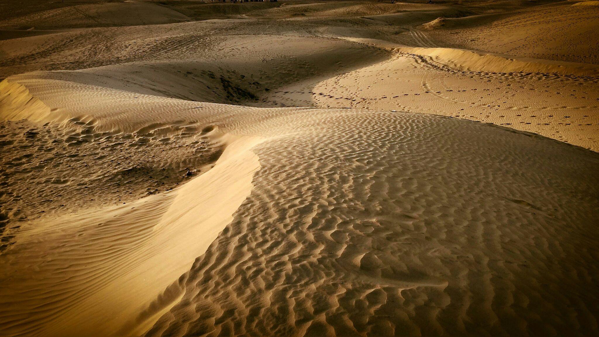 Thar Desert. #travel #traveler #travelphotography #sand #sanddunes #india #rajasthan #outdoor #nature #landscape #nolife #landscapephotography #