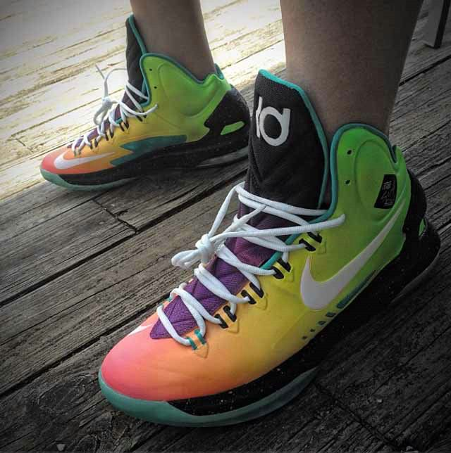 8c13c932e95 Hitting The Boards In KD V Surf Style Size 10