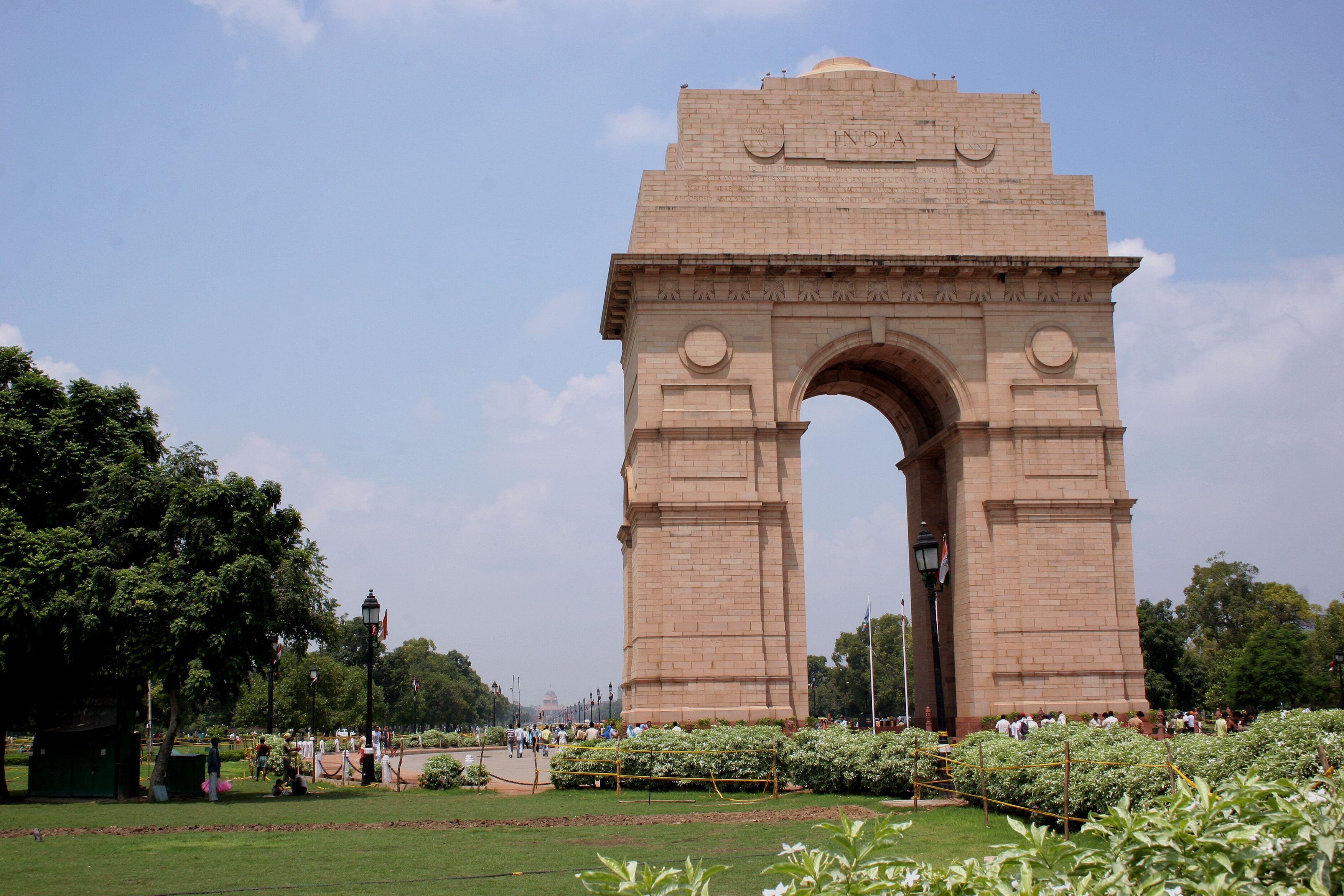 Https Dubaidesertsafarii Com Dubai Safari Park Html India Gate Family Friendly Vacation Travel Pictures