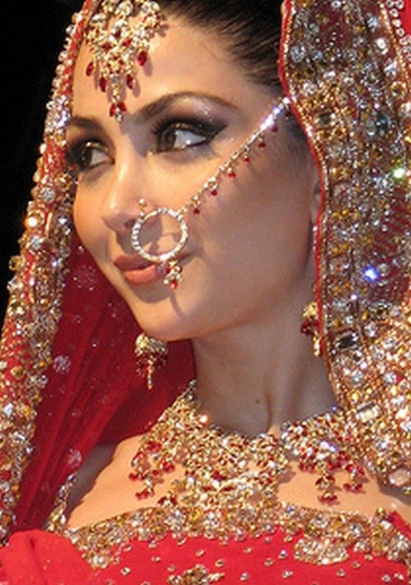 If I ever had a traditional Indian wedding Id get my nose pierced