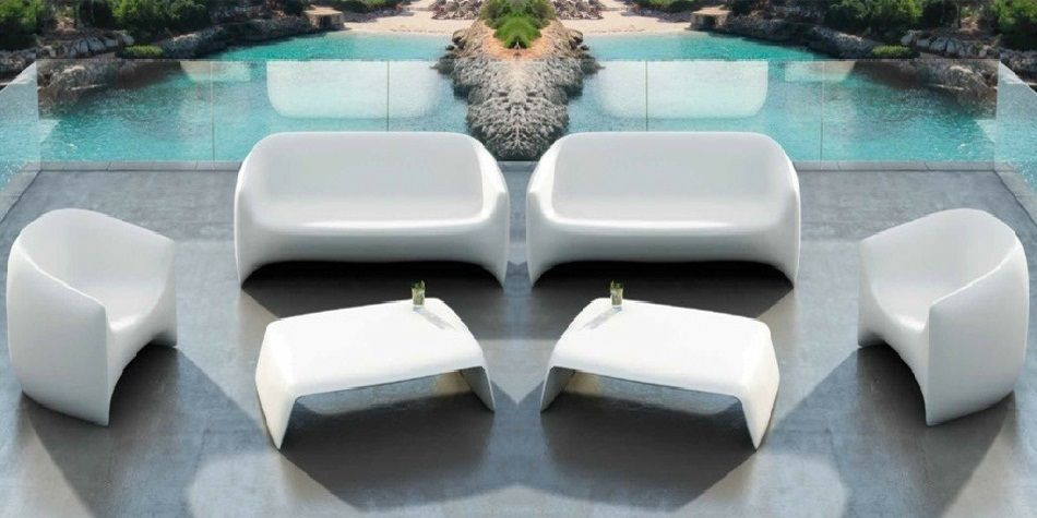 Molded Plastic Outdoor Sofa Design Ideas