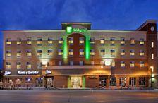 Omaha Hotels Holiday Inn Omaha Downtown Airport Hotel In Omaha Nebraska Omaha Hotels Airport Hotel Holiday Inn