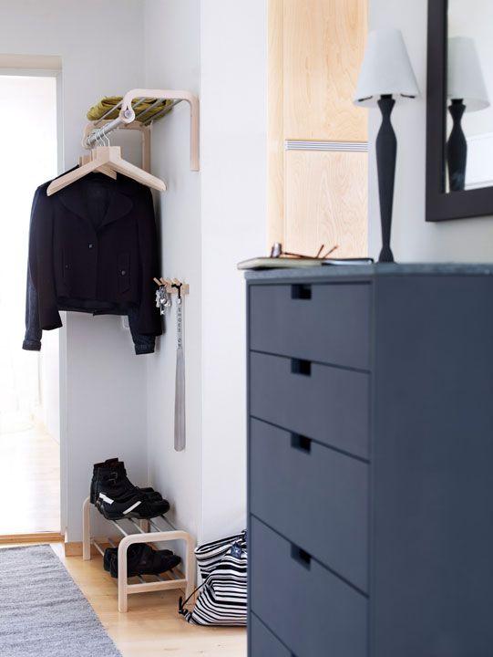Norrgavel, mellomhøy oppbevaring. That coat rack.