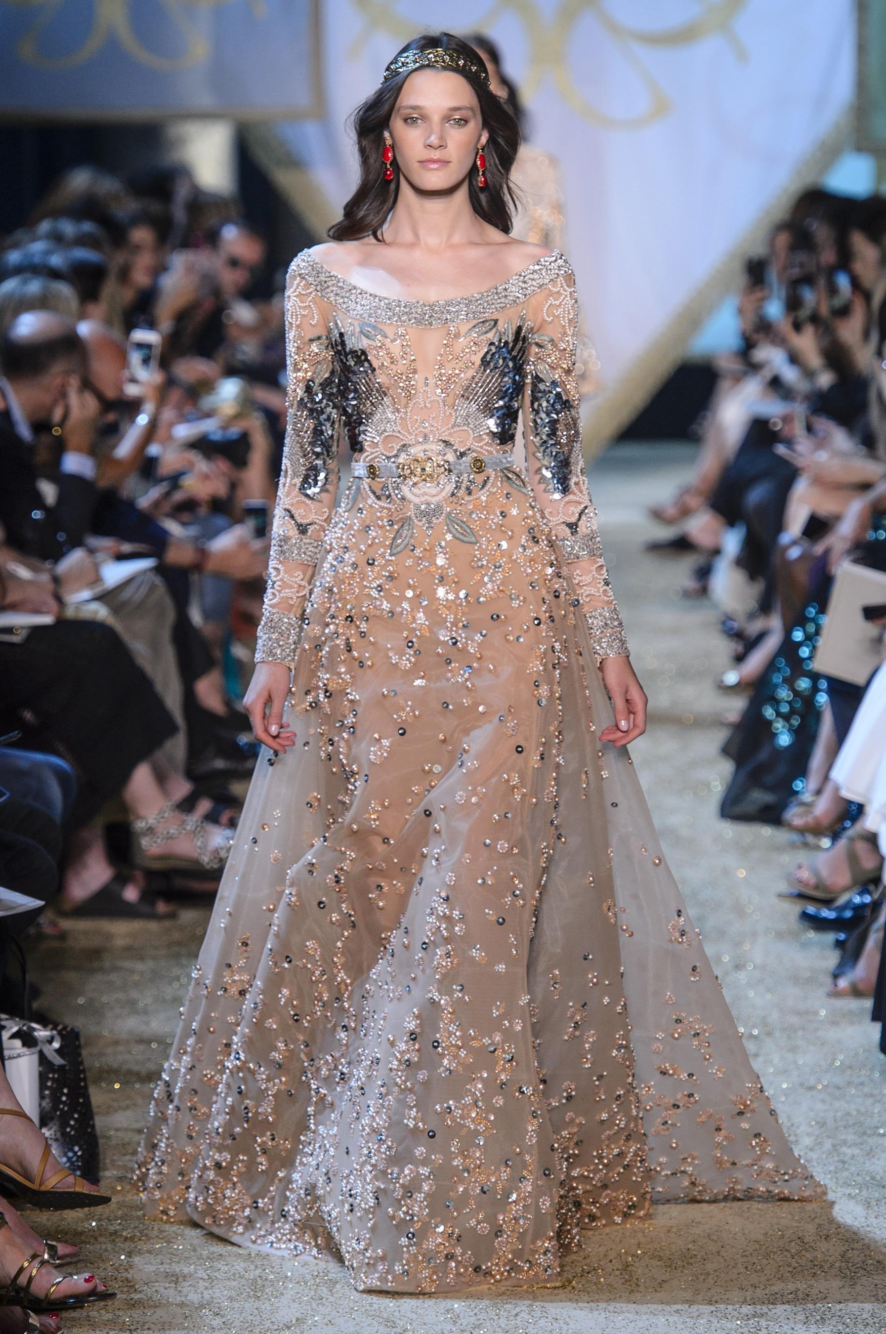 Defile Elie Saab Automne Hiver 2017 2018 Couture Haute Couture Belle Robe De Soiree Mariage Robe Dentelle