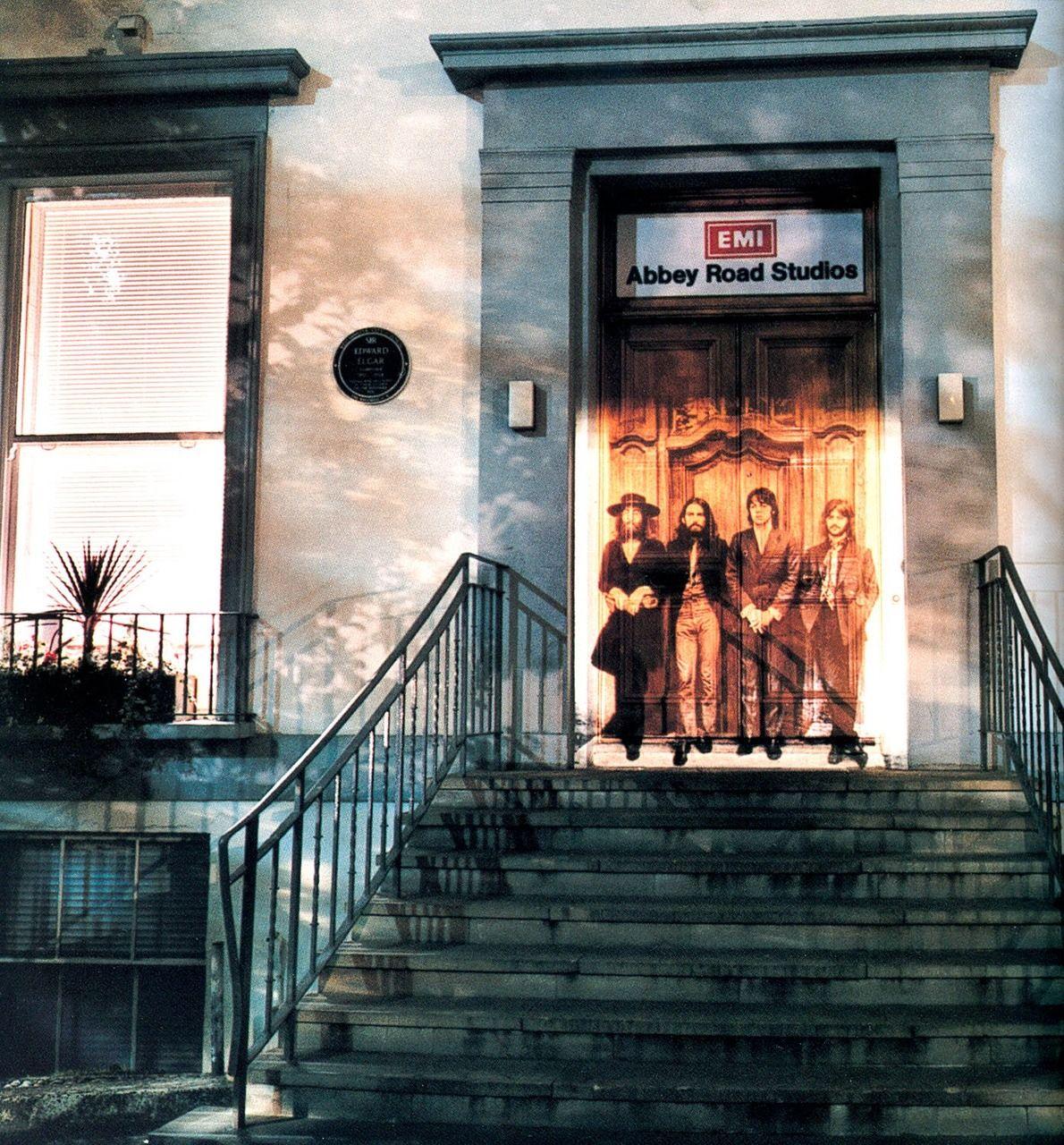 Los estudios de grabación Abbey Road Studios (llamados EMI Studios hasta 1970) están ubicados en la calle londinense de Abbey Road. El grupo The Beatles grabó casi la totalidad de su discografía en ellos