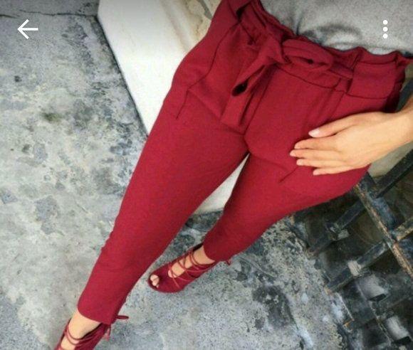 Look chic avec un pantalon rouge taille haute avec ceinture à nouer  gt  gt  879038edffa