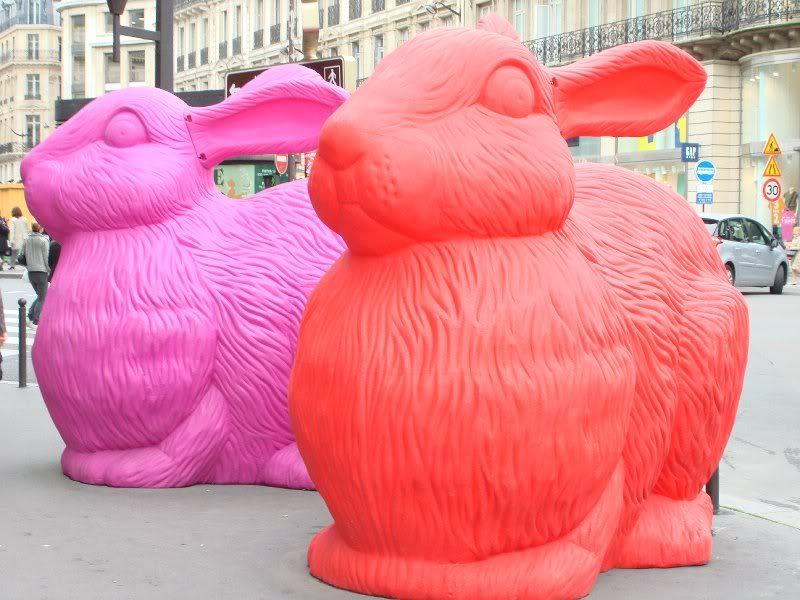 Bunnies at Gallerie Lafayette in #Paris