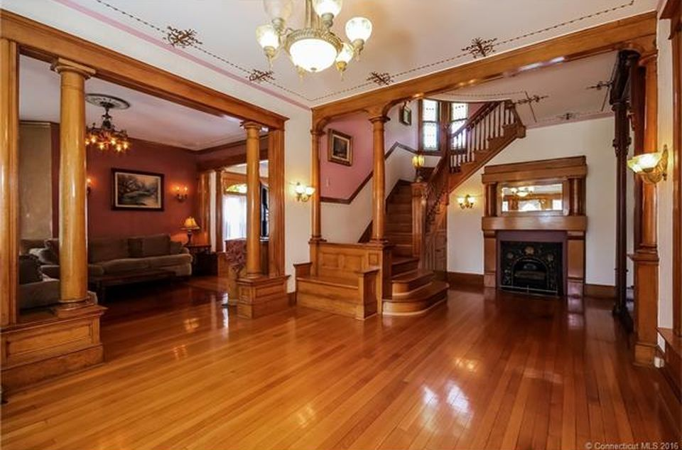 12 Garden Pl Derby Ct 06418 Zillow Victorian Interiors Real Estate Home Decor