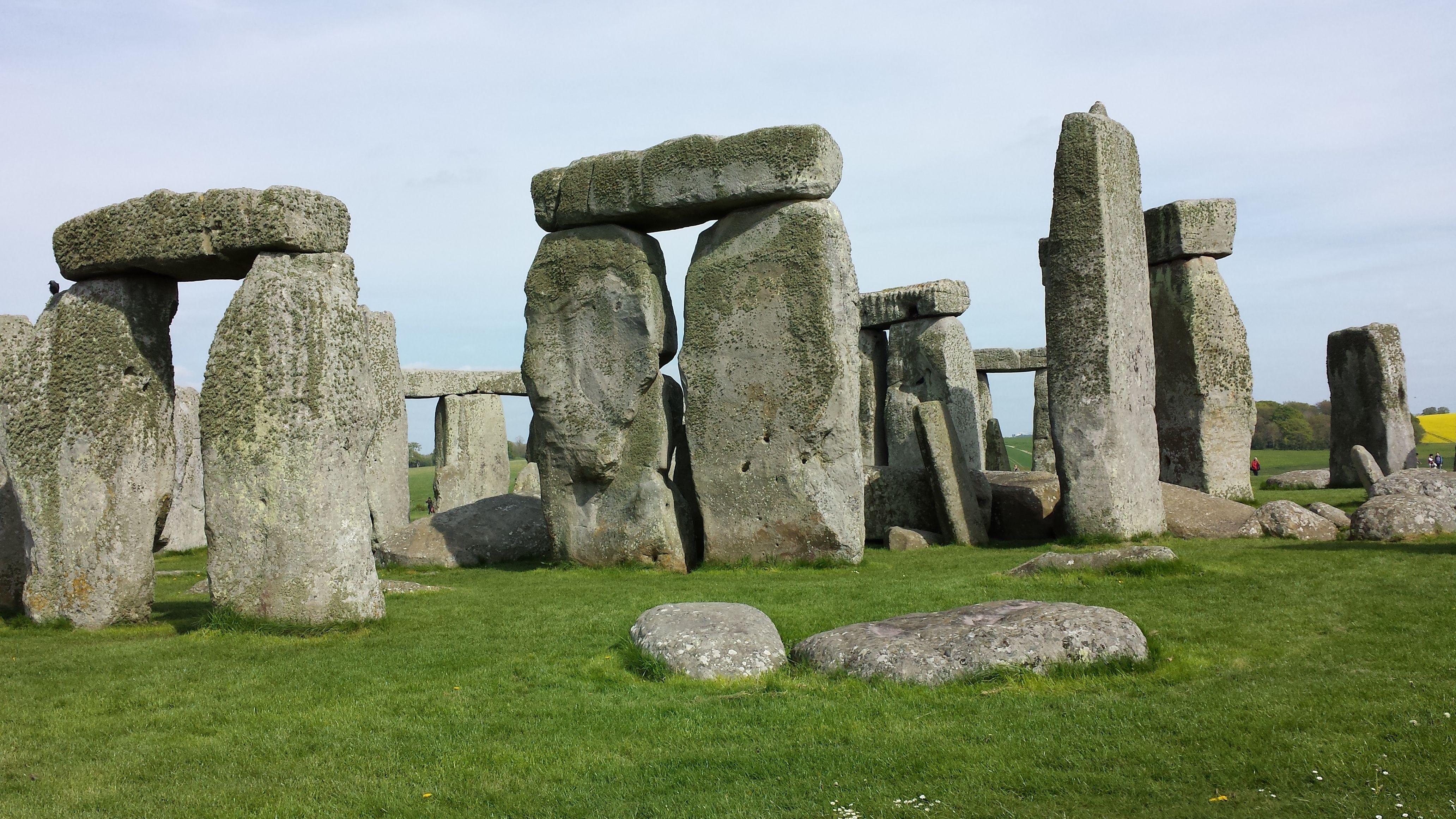 how long to visit stonehenge