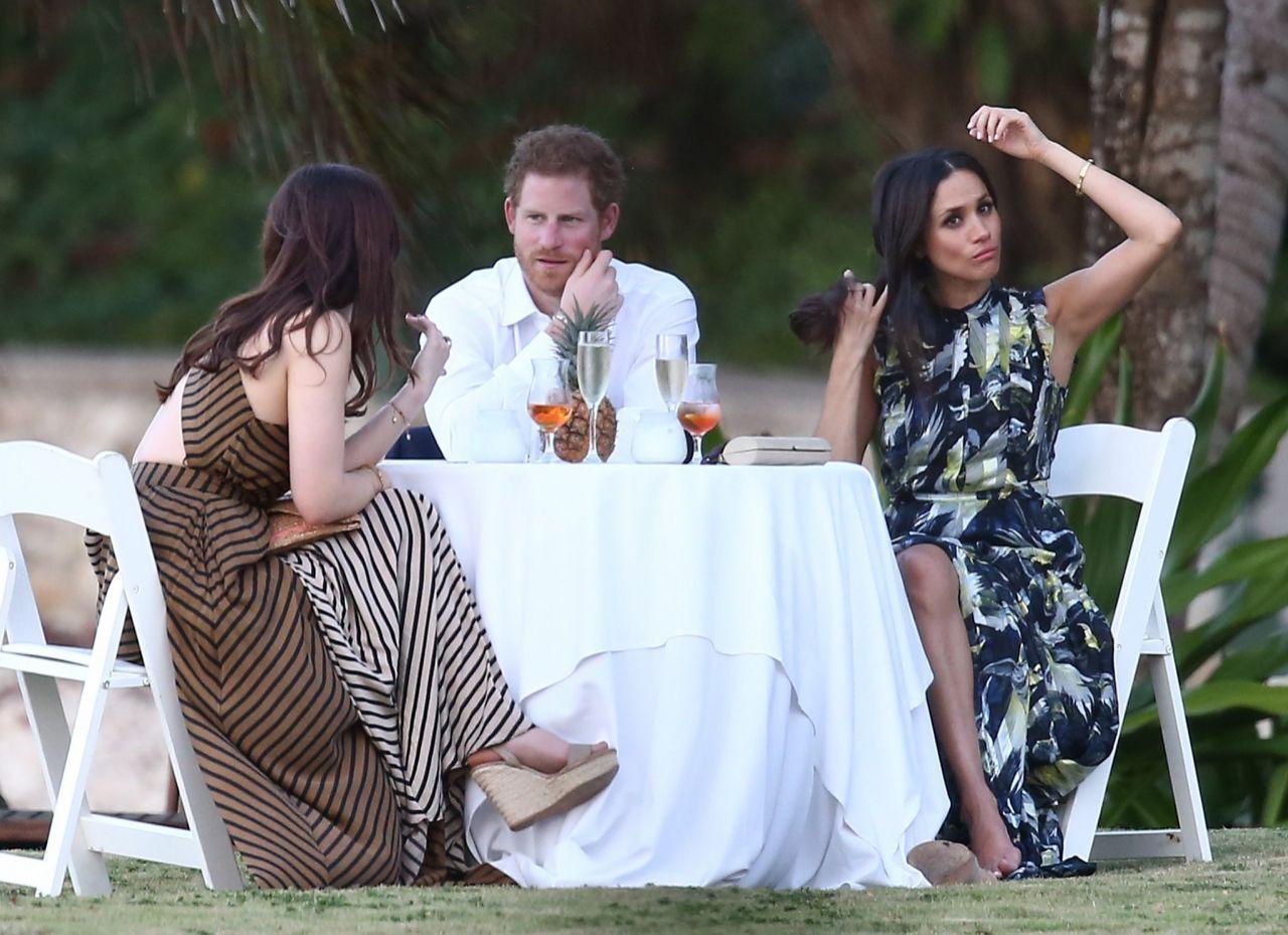Harry Und Meghan Diese Party Details Sollten Geheim Bleiben Prinz Harry Kleider Hochzeit Prinzessin Diana