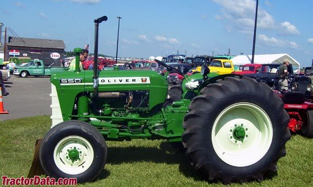 550 Oliver Tractor With Loader : Oliver tractors made in charles city ia pinterest